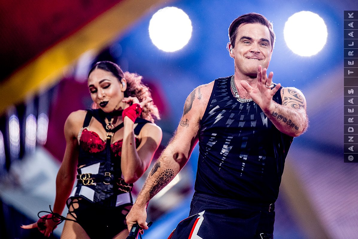 Robbie Williams9